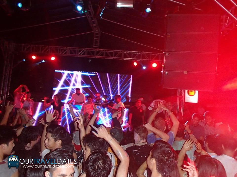 etc-sinulog-paintensity-2015-edm-color-party-image1