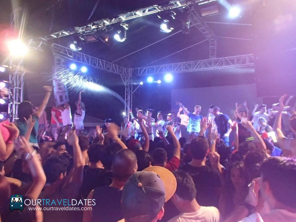etc-sinulog-paintensity-2015-edm-color-party-image3