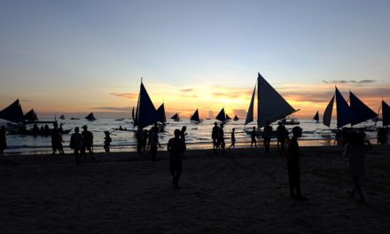 Going To Laboracay? Hoop Your Trash And Party for FREE!
